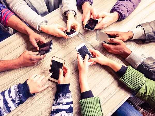 દસ હજાર કરતા પણ ઓછી કિંમતમાં ખરીદો, આ લેટેસ્ટ એન્ડ્રોઇડ સ્માર્ટફોન
