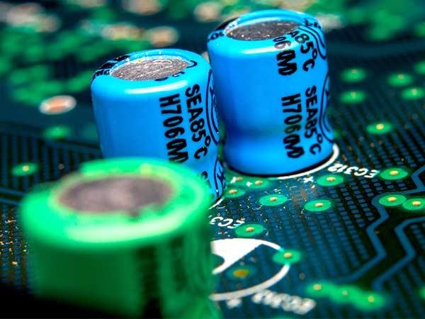સ્માર્ટફોનમાં સુપરકૅપેસિટર, લિથિયમ આયર્ન બેટરીને રિપ્લેસ કરી શકે છે?