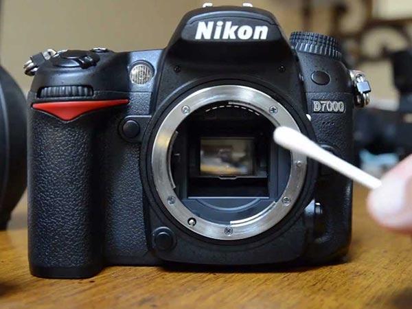 તમારા ડિજિટલ કેમેરાને કેવી રીતે સાફ કરવો?