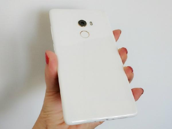 ઝિયામી મી મિક્સ 2 સ્માર્ટફોન 8 જીબી અને સિરામિક બોડી સાથે જલ્દી