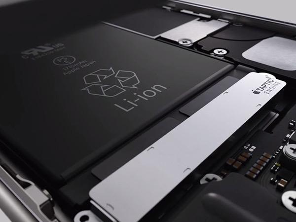 એક આઇફોન બેટરી બદલવા માટે કેટલું મુશ્કેલ હોઈ શકે છે?