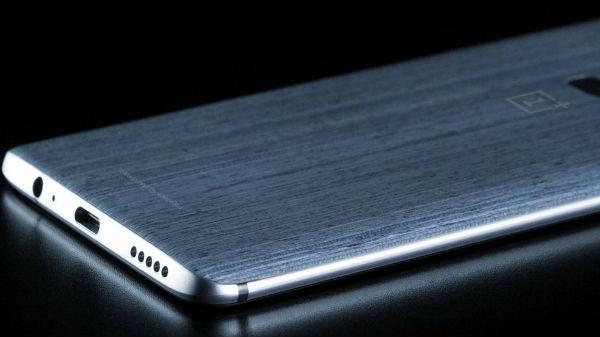 વનપ્લસ 6 સ્માર્ટફોન: 6 જીબી અને 8 જીબી રેમ સરખામણી