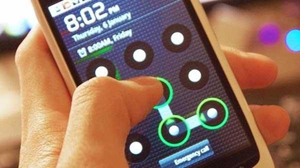 જો તે લૉક થઈ જાય તો તમારા Android સ્માર્ટફોનને અનલૉક કેવી રીતે કરવું