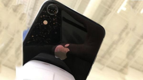 આ સપ્ટેમ્બર 2018 માં લોન્ચ થવા વાળા iPhones ના નામ હોઈ શકે છે
