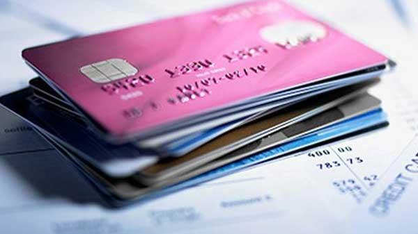 ઓનલાઇન શોપિંગ માટે ક્રેડિટ કે ડેબિટ કાર્ડ નો ઉપીયોગ કરો છો? 10 વસ્તુઓ