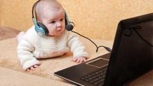 તમારા બાળકોને ઓનલાઇન કેવી રીતે સુરક્ષિત રાખવા
