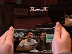 સીઇએસ 2018: એઇઇ સૌપ્રથમ ડ્રોન-સ્માર્ટફોન કેસ લોન્ચ કર્યો